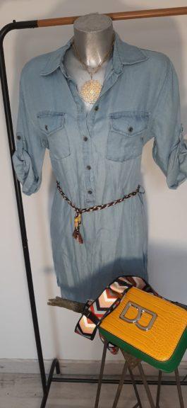 Robe jeans et sac bandoulière David Jones Par Elle est du Sud