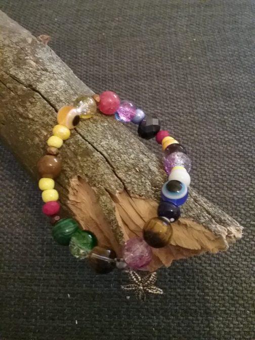 Bracelet perles par Elle est du Sud