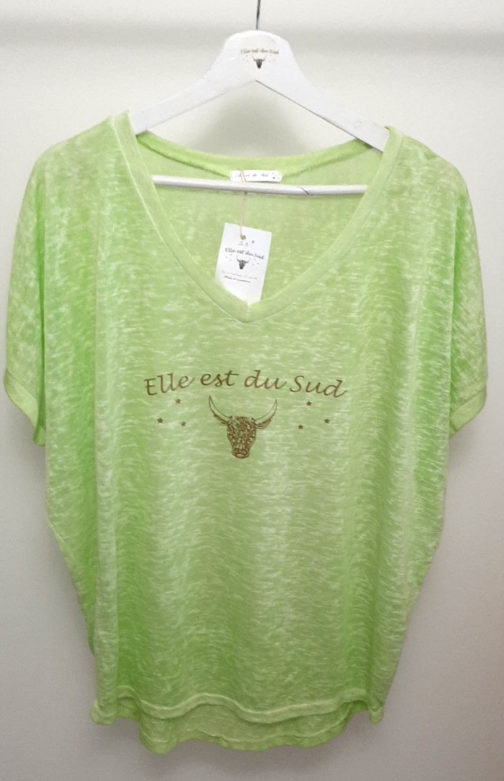 T-shirts Elle est du Sud