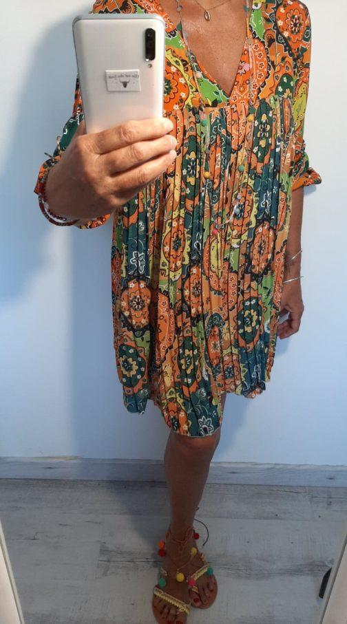 Robe plissée cachemire orange par Elle est du Sud